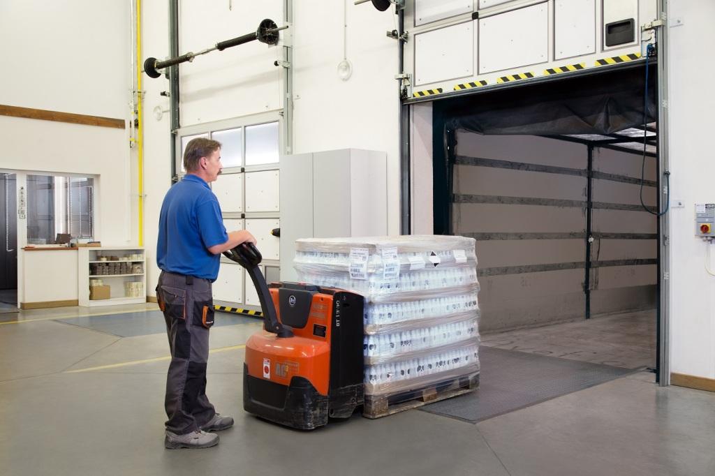 Storage and logistics - Manufacturer of aerosol and liquid