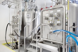 Mixing tanks, pharma production in cleanrooms, detail